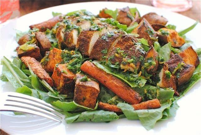 Салат с курицей по-мароккански