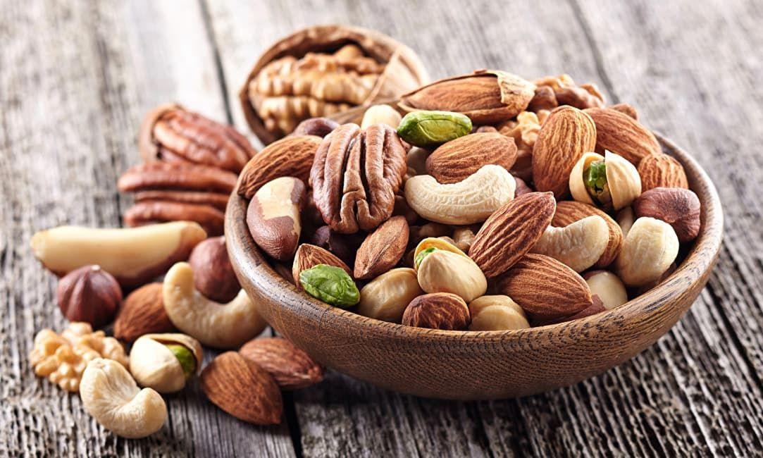 Орехи – идеальный вариант для сытного и бодрящего перекуса