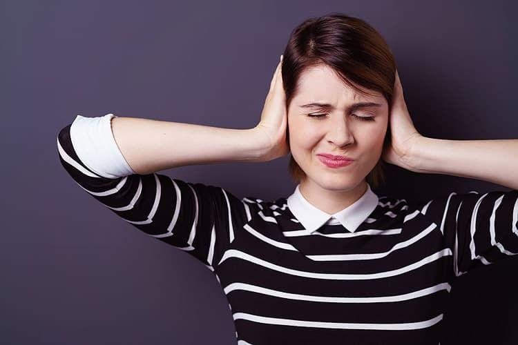 Шум в ушах: Причины и последствия